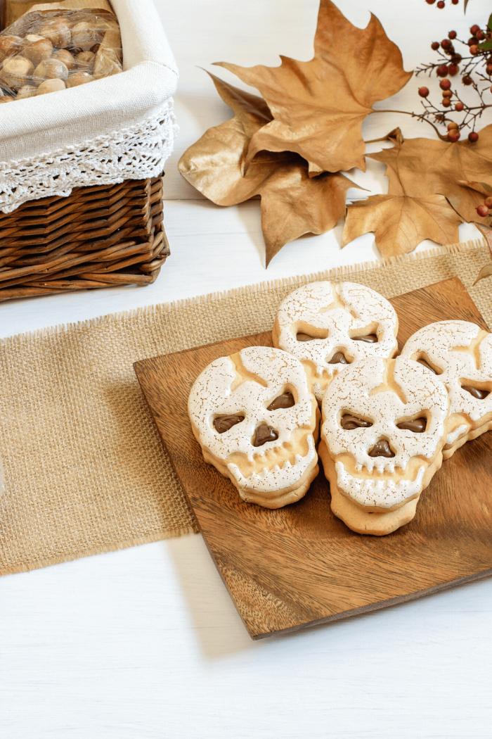 21 Best Halloween Gift Basket Ideas for Boyfriend (He'll Secretly Obsess Over)